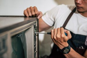 TV repair service in Dubai